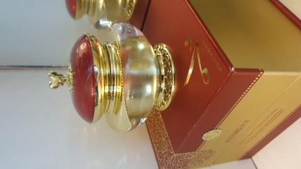 TOTAL SOLUTION CREAN - Kem trinh nữ hoàng cung
